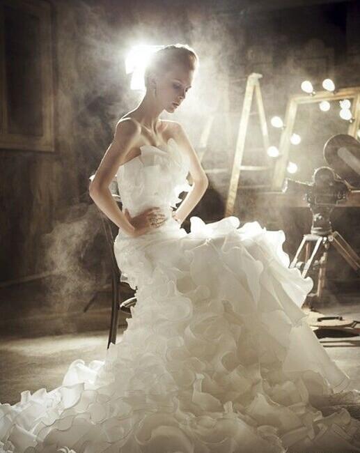 新人选婚纱的法则
