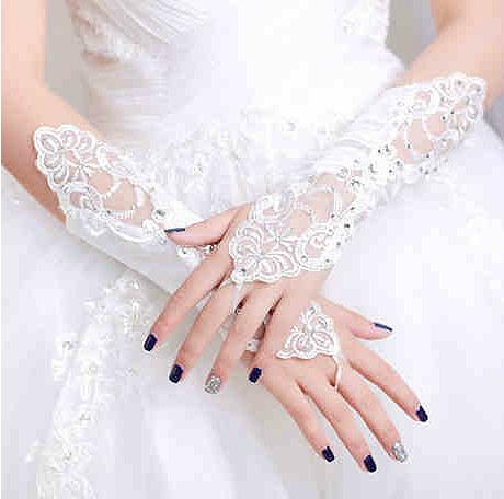 准新娘婚礼现场的基本礼仪 新娘必学的礼仪知识
