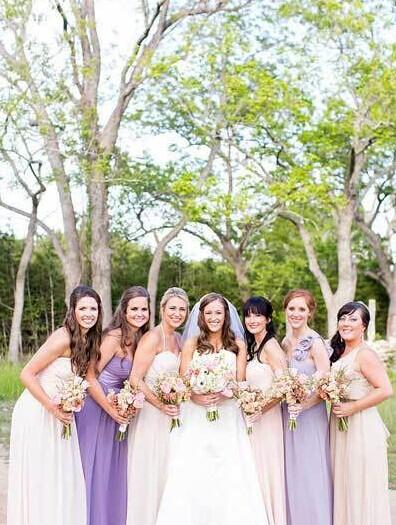 6种新颖伴娘服搭配 让姐妹团更美丽