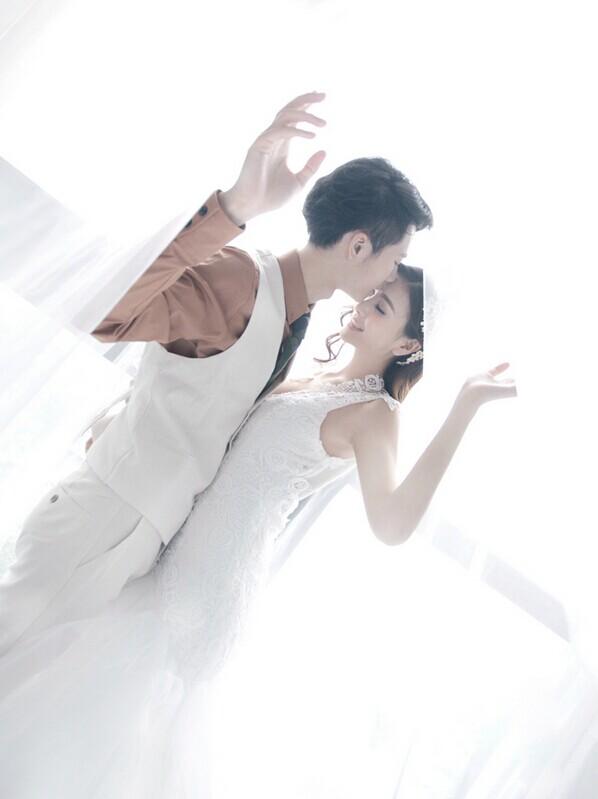 唯美的韩式婚纱照 怎么摆造型