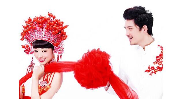 中国式传统婚纱礼服的风采