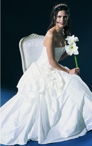 避开婚纱影楼误区 低价格高质量拍摄婚纱