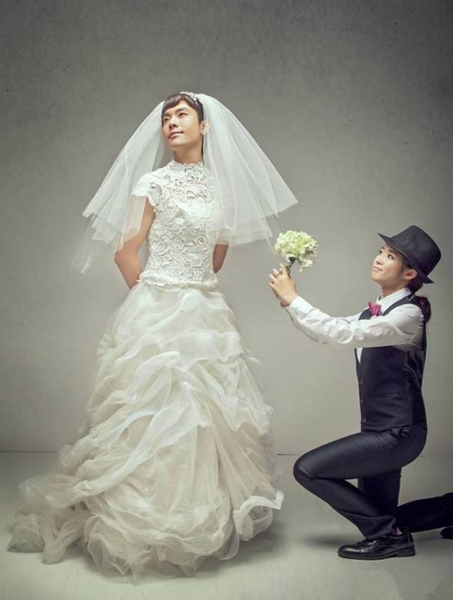 如何拍出反串婚纱照?