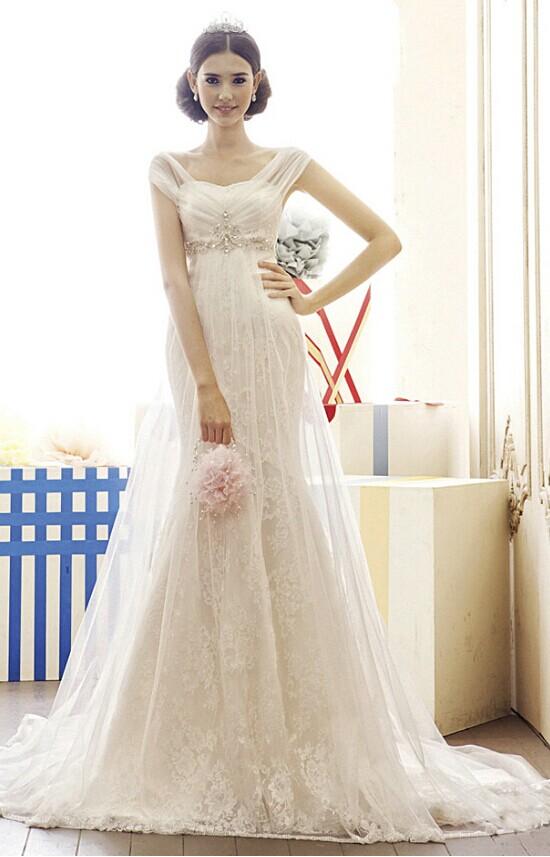 奉子成婚的孕妇新娘也能穿出最美婚纱