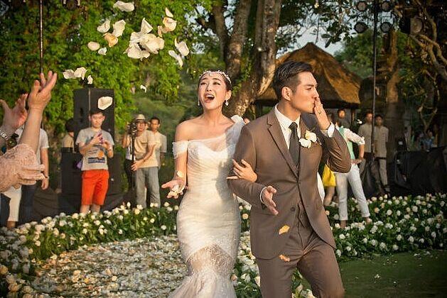 结婚攻略 新人要注意婚礼跟拍的拍摄技巧