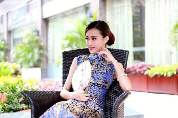 中式婚纱照旗袍挑选技巧,绝对实用哦!