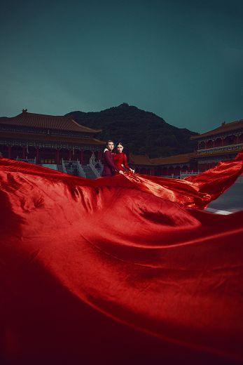 春节新娘红装礼服推荐,穿出新娘好气色