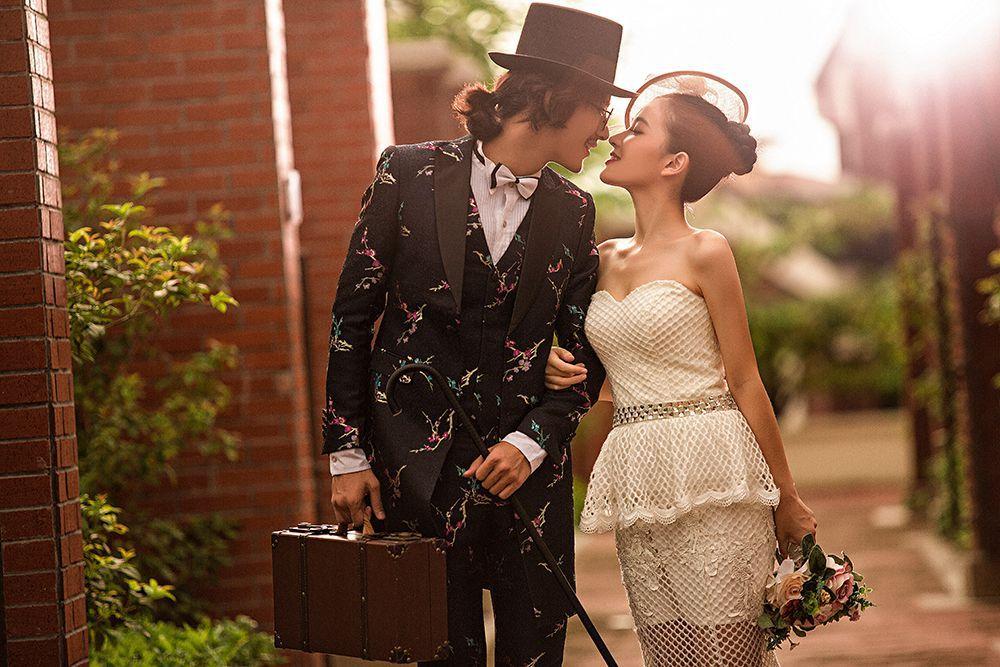 黑色摇滚风的婚礼甜品桌,让你的婚礼独具一格