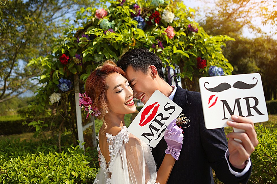 郑州婚纱摄影,主要侧重于外景婚纱照的拍摄