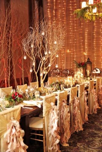 运用蜡烛装点西式婚礼现场图片