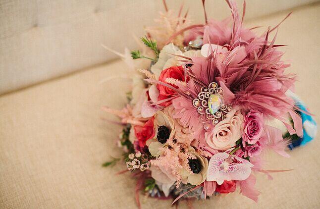 新娘手捧花 唯美的粉红色婚礼花束