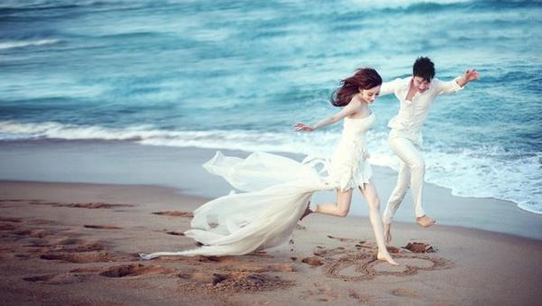 拍婚纱照最美的姿势•上篇