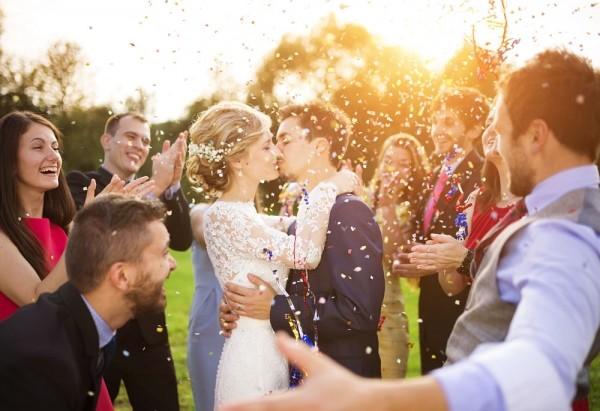 结婚当天有趣的堵门游戏【堵门游戏大全】