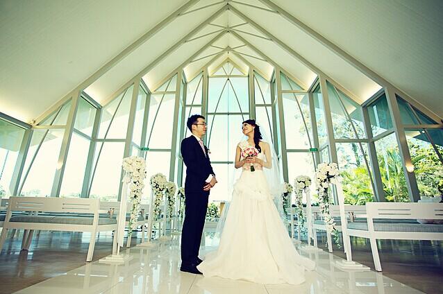 拍婚纱照笑得自然有技巧 拍照怎么笑