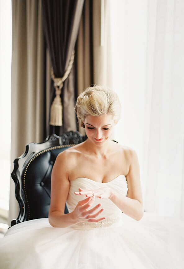 婚礼现场出现紧急情况怎么应对