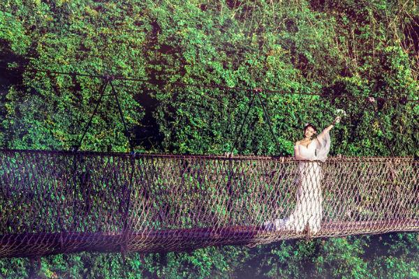 三亚婚纱摄影的另一种打开方式:热带雨林
