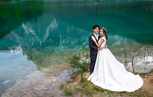 结婚请帖怎么写主要对它的内容日期姓名等等表达清楚