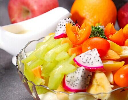 婚前快速减肥法 水果蔬菜减肥食谱 婚礼猫