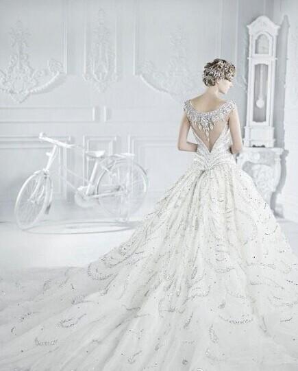 什么样式的婚纱礼服适合自己?