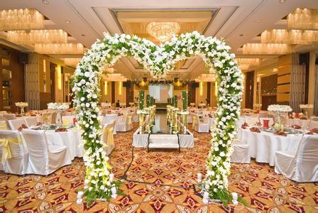 创意西式婚礼花门如何挑选