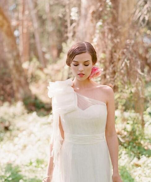 怎么弄新娘造型 完美呈现最美新娘的一面