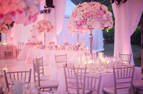 粉色主题婚礼 粉嫩温馨婚宴场地