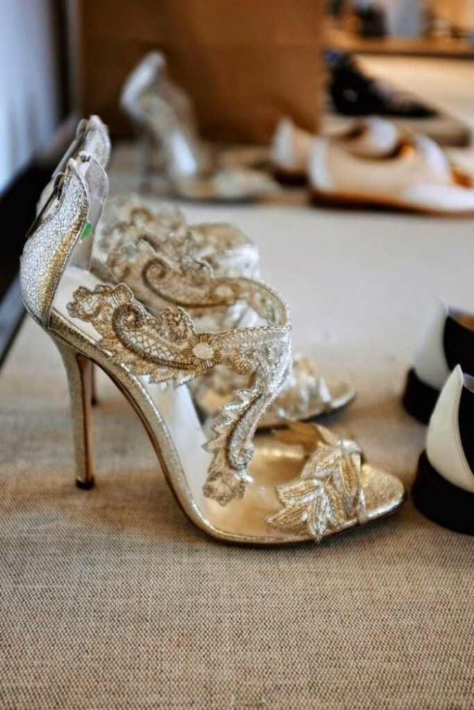 浅色系列新娘婚鞋,带你步入幸福之门! 婚礼猫