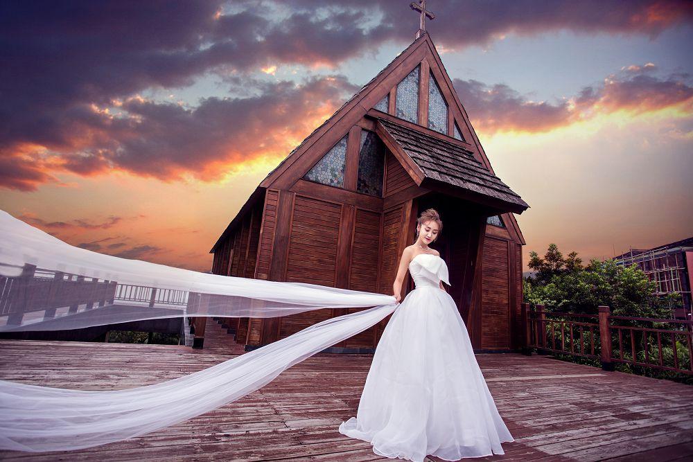 在深圳拍婚纱照,海边的跑车主题怎么拍?