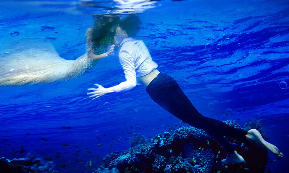拍出最美水下婚纱照 不会游泳也能轻松拍摄婚纱照