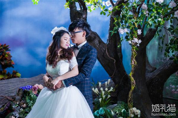 婚纱摄影,影楼与婚纱摄影工作室哪个质量更好?