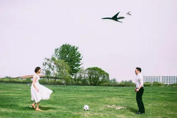 婚纱照怎么拍才好看?草坪公园专辑