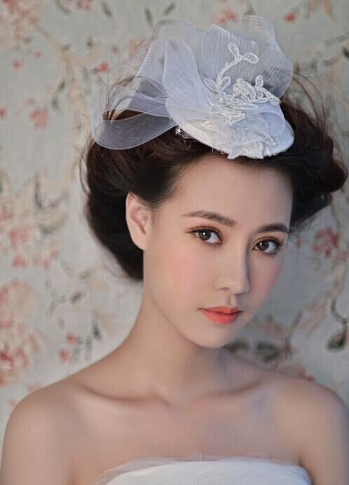 2015最新的新娘化妆技巧