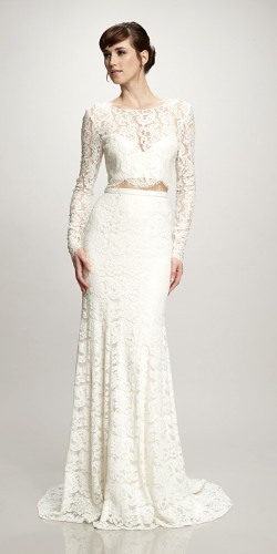 解放肚皮,两件式的婚纱也可以很美!