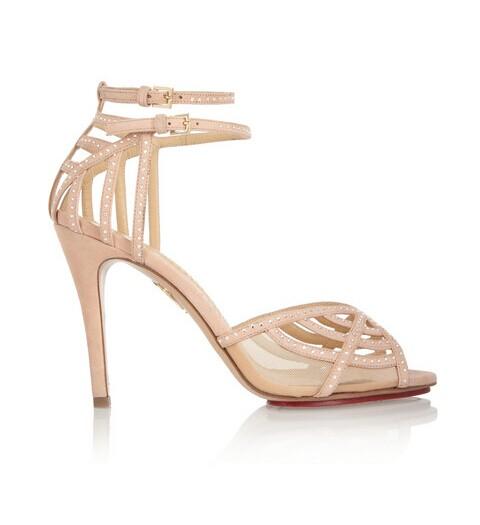 拍婚纱照穿什么鞋比较好