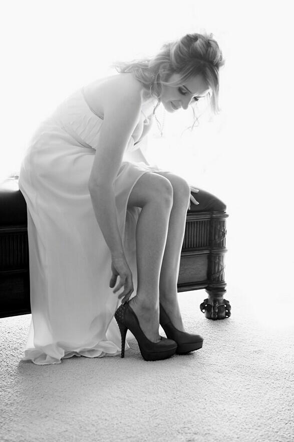 拍婚纱照穿什么鞋子比较好 完美新娘的好帮手