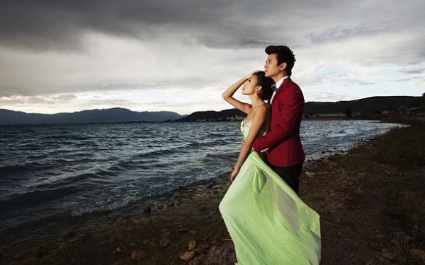 当婚纱摄影遇上阴天, 几个小技巧挽回你的婚纱照!