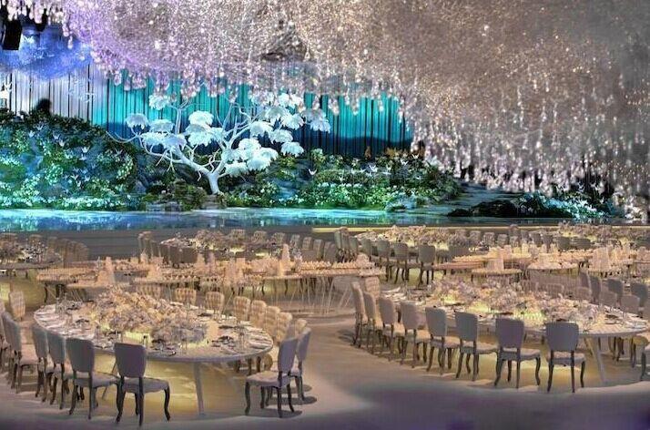 震撼人心的奢华婚礼布置 全球华丽典雅室内婚宴布置