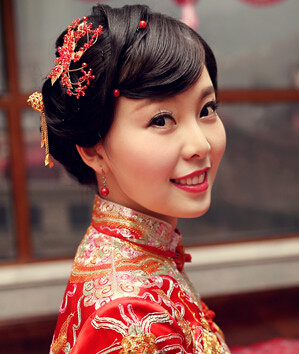6款受欢迎的中式婚礼新娘发型