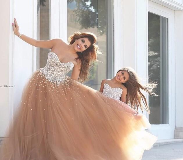 谁说婚纱只能在婚礼穿 还可以穿着跟ta玩浪漫噢