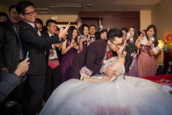 婚礼堵门游戏大全!婚礼当天就该这么玩