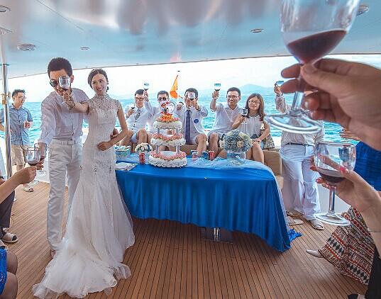 婚宴敬酒顺序 新人须知的婚礼敬酒顺序 婚礼猫