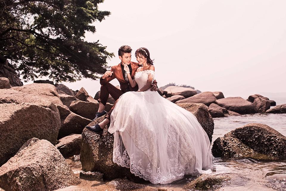 汕头婚纱摄影团购,在价格和品质都很有保证