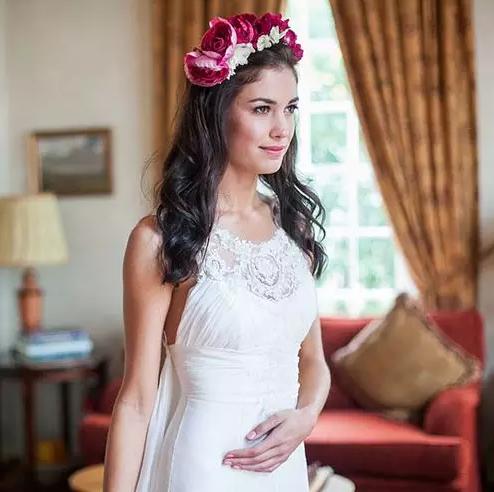 最新韩式婚纱照新娘发型,轻松变身小清新女神!