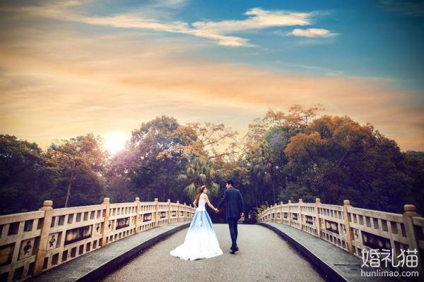 广州婚纱摄影价格与品质孰轻孰重?婚礼猫告诉你