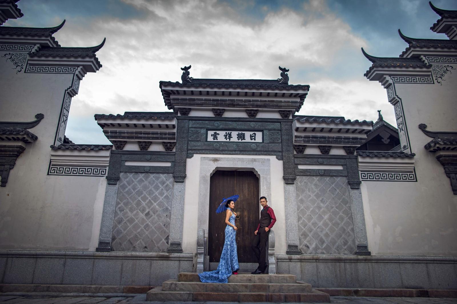 拍摄凤冠霞帔古装婚纱照注意事项
