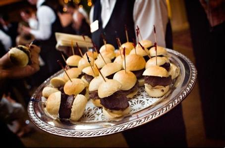 婚宴酒席菜单的选择  婚宴菜单挑选事项