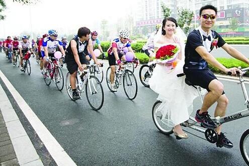 婚车 自行车婚车