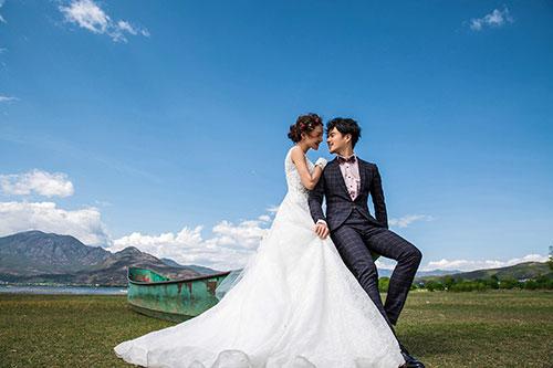 结婚请柬范文可以让新人更快的了解结婚请帖怎么写