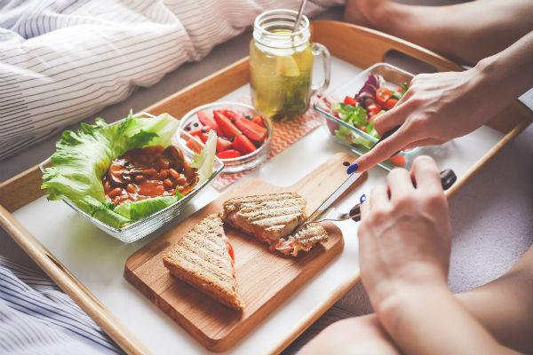拍婚纱照前饮食要注意什么?拍摄前健康饮食攻略