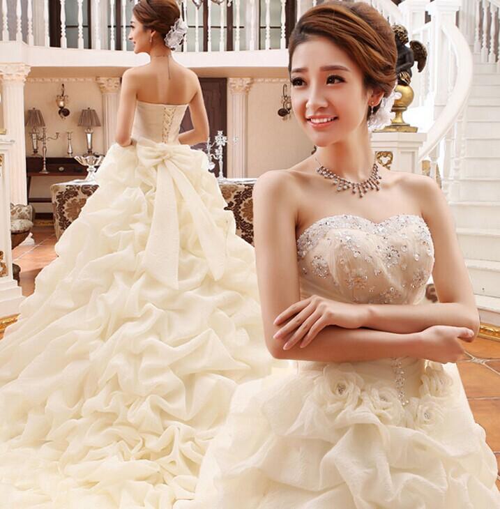 选婚纱?跟婚礼猫看看不同身材新娘要怎么选婚纱吧